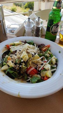 Mirthios, Greece: Salat Dionyssos