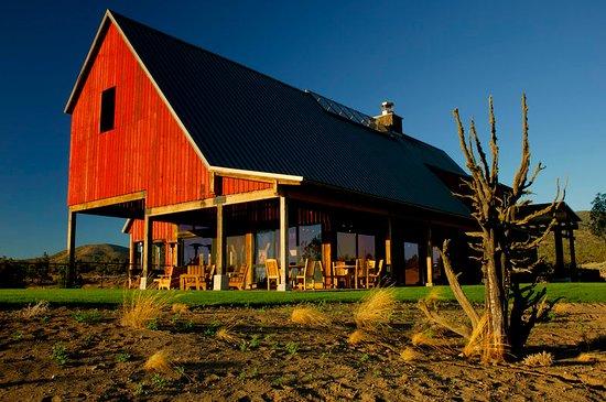 Powell Butte, Oregon: Exterior
