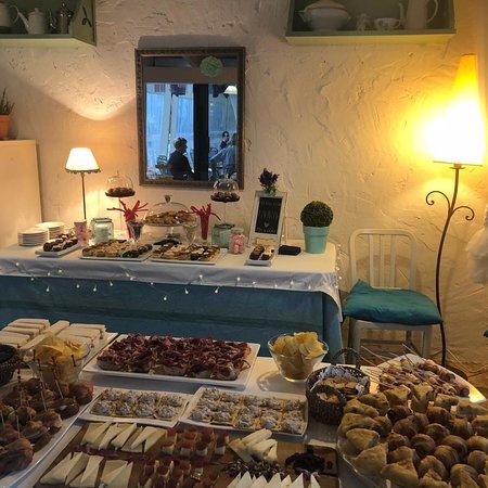Colindres, Španělsko: Café Bar Gurugu