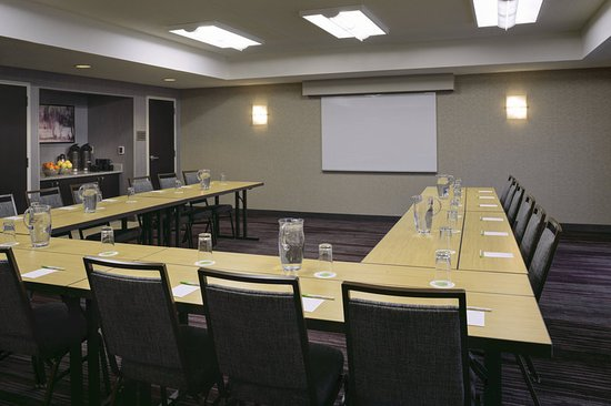 Courtyard by Marriott Kansas City South: Meeting room