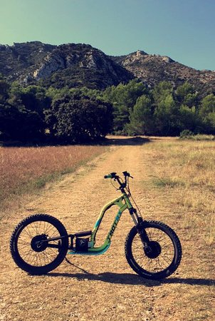 Saint-Remy-de-Provence, Γαλλία: Trottinette tout-te