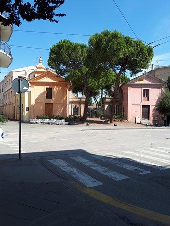 Arco d'Augusto: улочки