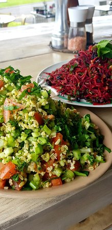 Morrinsville, New Zealand: Healthy Spring Salads