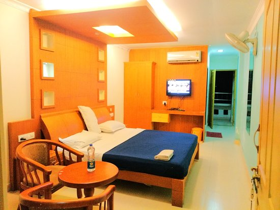Meenangadi, Inde : Non AC room