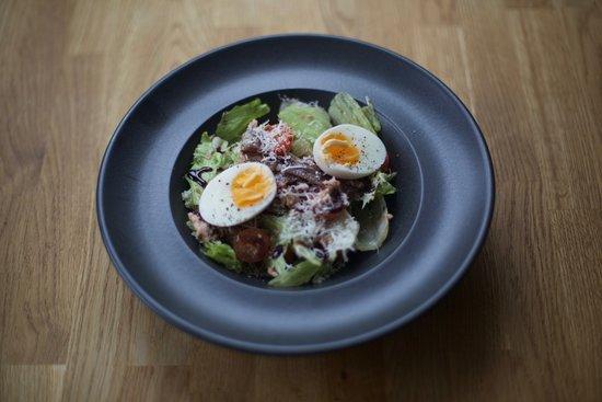 The Meadfoot Bay: Salad Nicoise
