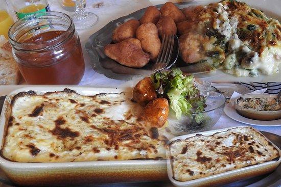 Chauffayer, Francja: Ravioles au miel, à la crème et oreilles d'âne