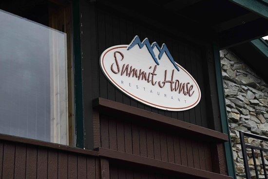 Crystal Mountain, WA: Very rustic little restaurant.