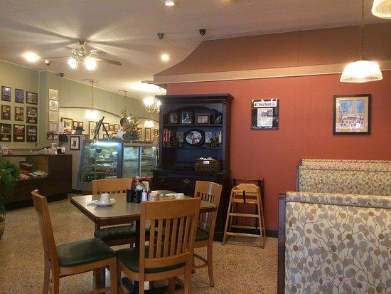Townee Square Restaurant Libertyville Menu Prices