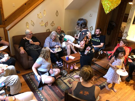 Adventures on the Gorge: A multi-cabin group dinner - and 50th wedding anniversary celebration