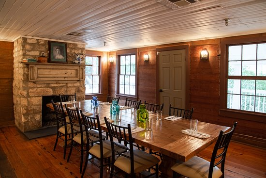 Pictures of Stagecoach Inn - Salado Photos