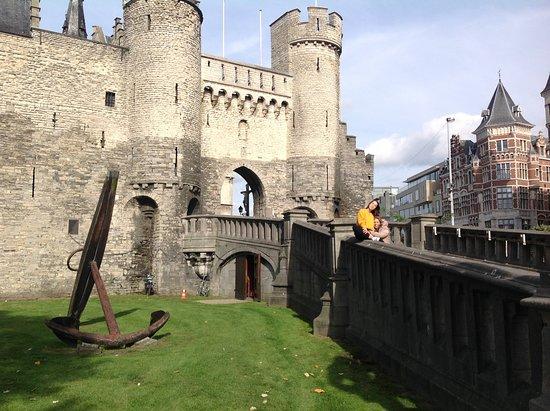 Steen Castle 이미지
