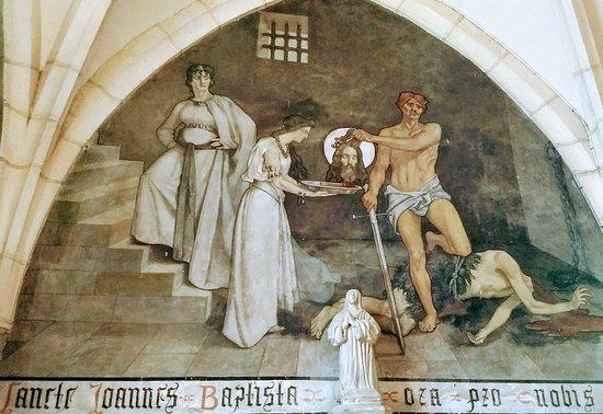Chambolle-Musigny, France: Église Sainte-Barbe