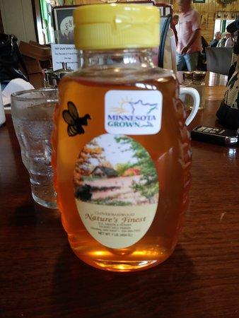 Moose Lake, MN: Minnesota grown Honey!