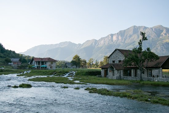 Ali Pasha Springs