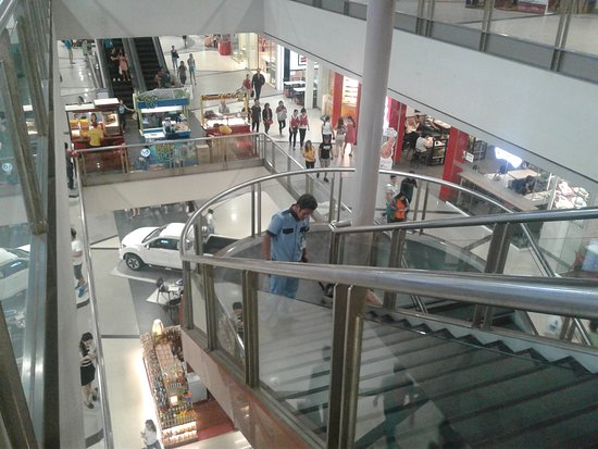 SM City Iloilo: Floor two looking down to One