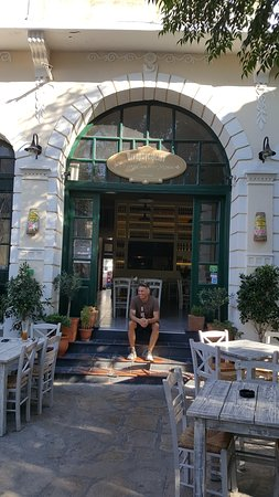 Mitilinii, Hellas: A Proud RESTAURANT Owner