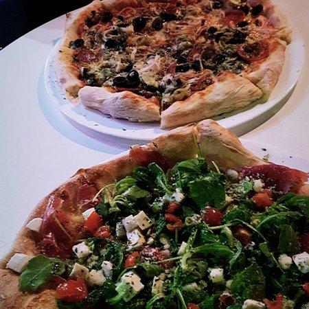 Pizzeria da michele marbella restaurant reviews phone number photos tripadvisor - Pizzeria venecia marbella ...