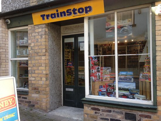 Knighton, UK: Trainstop shopfront