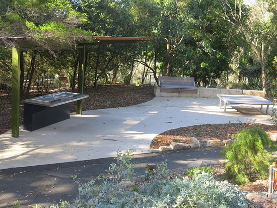 Sutherland, ออสเตรเลีย: Barbecue/picnic area, Joseph Banks Native Plants reserve