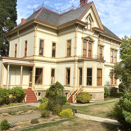 Flavel House Museum: photo0.jpg