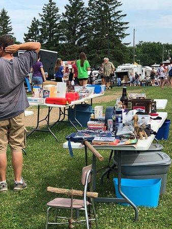 South Haven, MN: Vendors