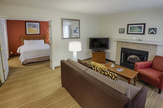Latham, NY: Suite