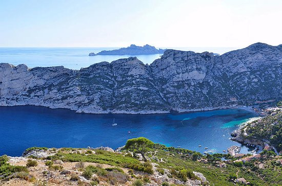 Marseille Shore Excursion: Aix en...