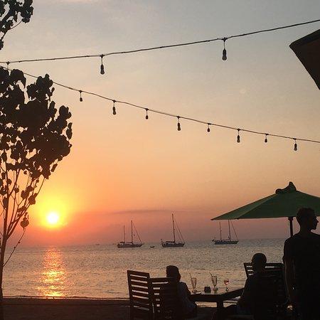 Sea Breeze Cafe Picture