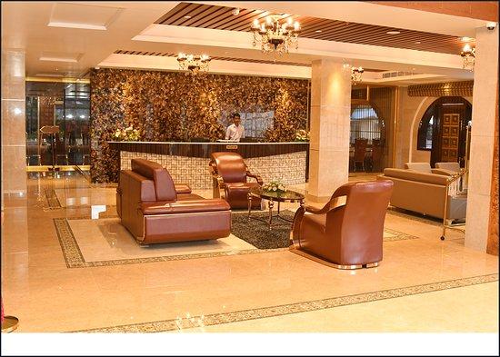 Nilambur, Indien: Hotel Park Residency - Front Office