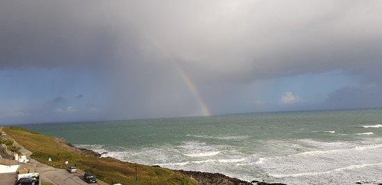 Fistral Beach Hotel and Spa: Rainbow over sea