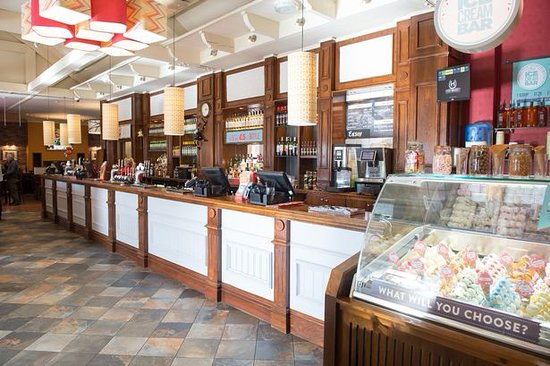 Hedon, UK: The Bar at the Kingstown Hotel