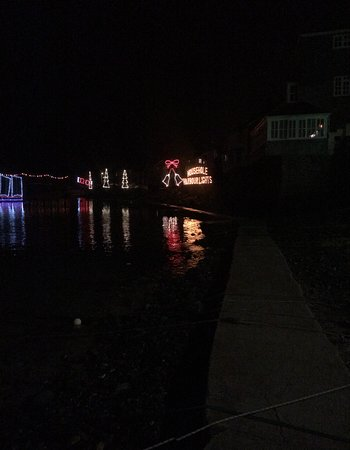 Mousehole Harbour: xmas lights on the harbor