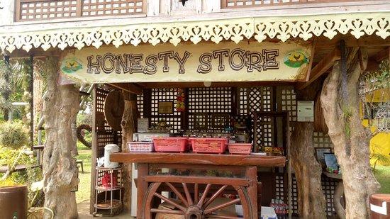 Lukong Valley Farm: Honesty Store