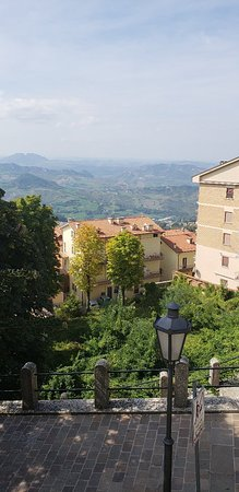 20180922_132230_large.jpg - Picture of San Marino Outlet Market ...