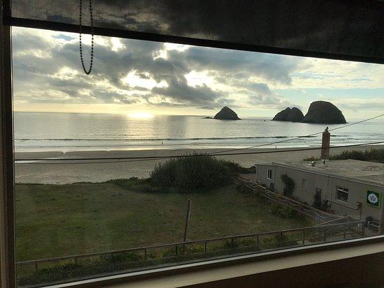 Oceanside, Oregón: the view!