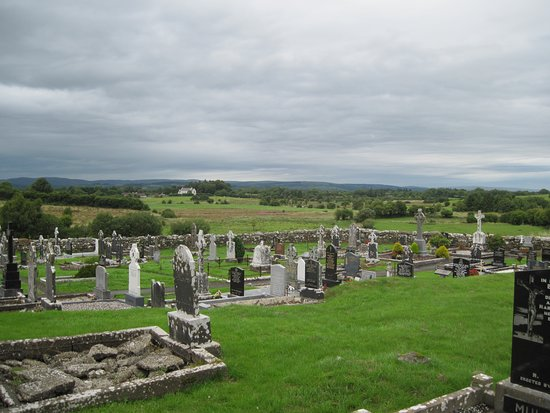 Swinford, Irlandia: View from the base of the Meelick Tower