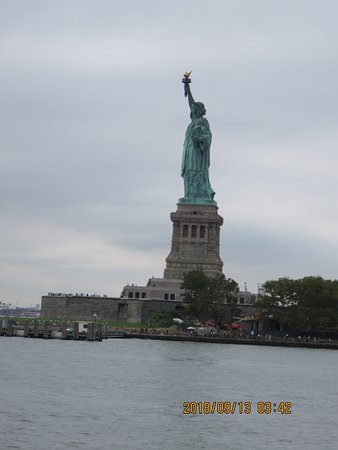 Statue Cruises: View from the ferry