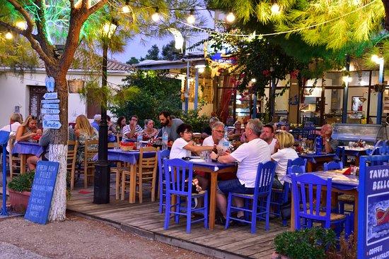 Kastos Island, اليونان: Popular taverna