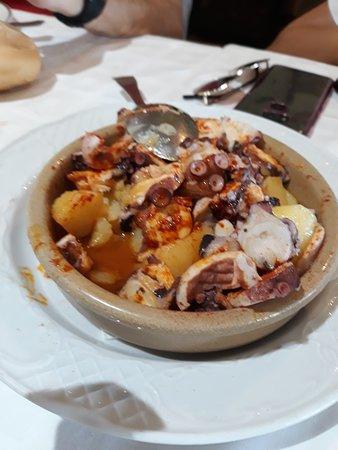 El Pinar del Pardo, estupendo sitio para comer, el cordero espectacular, el pulpo buenísimo, el