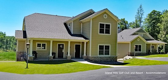 Centreville, MI: Accommodations (4 bdrm house) at Island Hills Golf Club