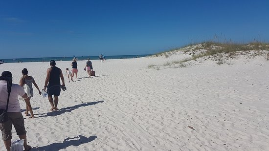 Clearwater Beach: lovely white sand
