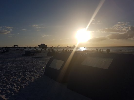 Clearwater Beach: another sunset shot