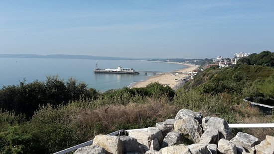 Bournemouth air show 2018 self drive - Picture of Bournemouth Sands