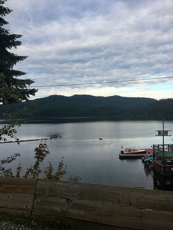 Canim Lake صورة فوتوغرافية