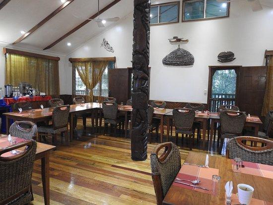 salle à manger - Picture of Tawali Resort, Alotau - TripAdvisor