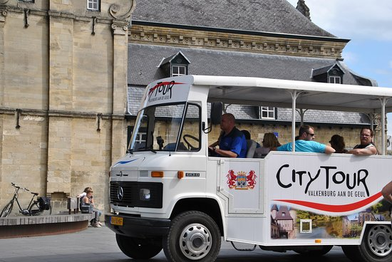 Valkenburg, Nederland: City Tour op het Dorrenplein
