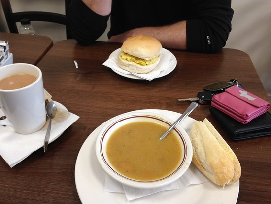‪‪Frimley‬, UK: Soup/coronation chicken bap/hot drink‬