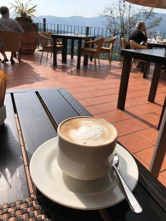 Castelvecchio Pascoli, Italy: The view!