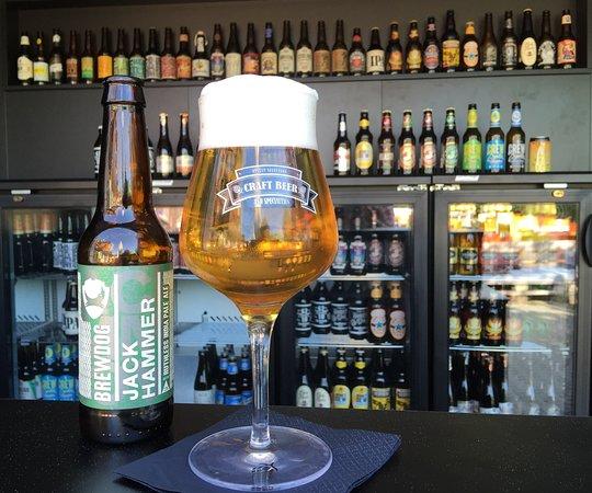 Sursee, Ελβετία: Über 70 Bierspezialitäten im Angebot