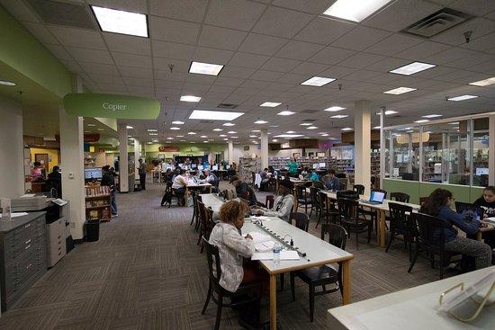 Lynnwood Public Library